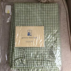 EUC. Pottery Barn Kids Gingham Drapery Panels.